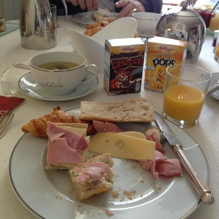 Le Pavillon des Lys: just ham & cheese and break