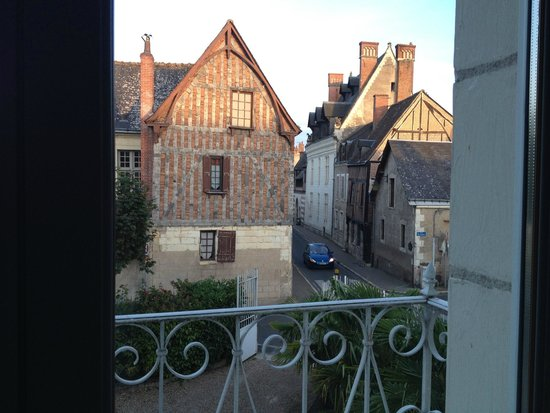 Le Pavillon des Lys: view from our room to main gate