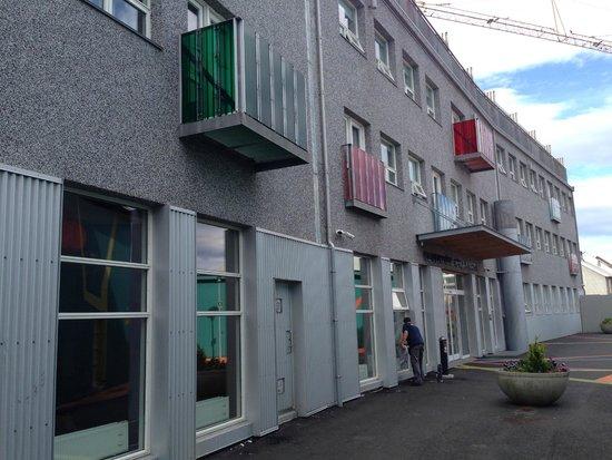 Icelandair Hotel Reykjavik Marina : hotel building