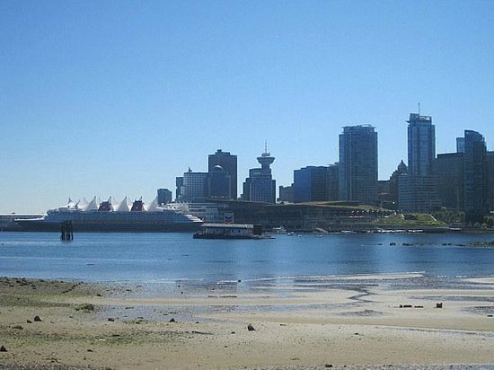 Vancouver Seawall: View from the Seawall