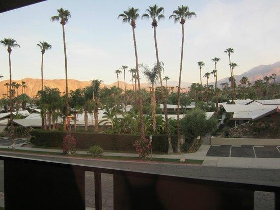 Royal Sun Inn: Interesting view from the room 110 degrees