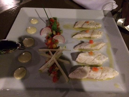 Chefi The Restaurant: i filetti di spigola (ceviche sea bass)