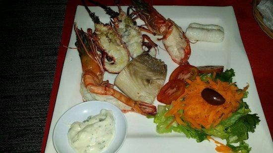 Danima Resort & Restaurant : Misto di pesce per secondo (prezzi più bassi di altri locali)