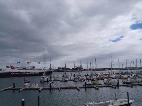 Hotel Marina Atlantico : Room View over the port