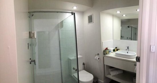 Pensione Hotel Perth: Bathroom