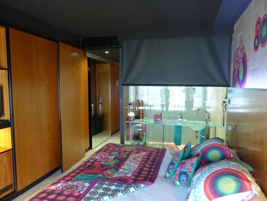 Barcelona Princess: Chambre DESIGUAL 24ème étage
