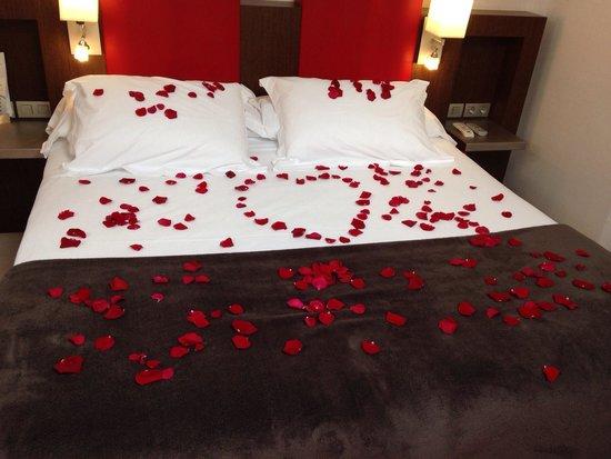 Hotel Ciutat de Girona: pour 12€ voici ce que vous propose l hotel..... effet garantit pour votre femme!!!