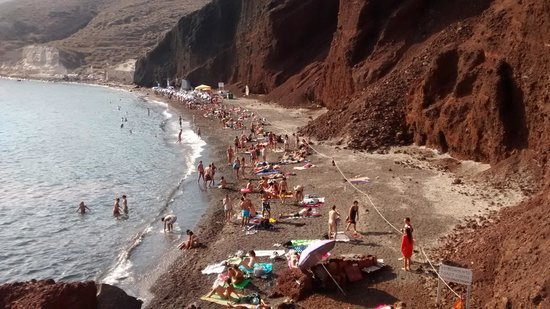 Red Beach: playa roja