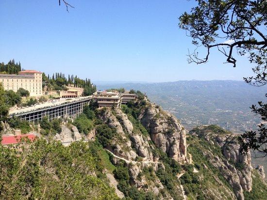 Barcelona Turisme - Afternoon in Montserrat Tour : Красота!