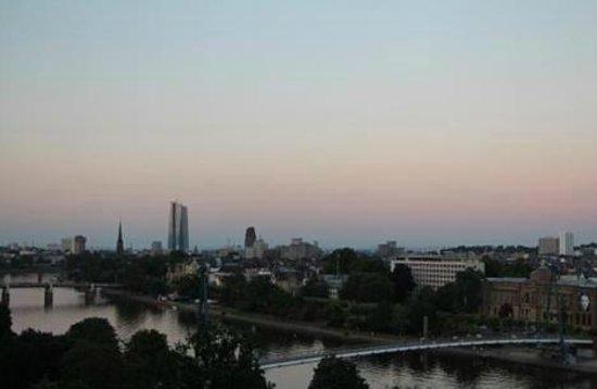 InterContinental Frankfurt: good