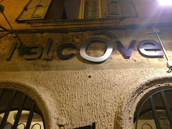 L'Alcôve : La façade du Resto