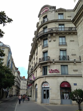 Mercure Nantes Centre Grand Hotel : L'hotel de l'extérieur