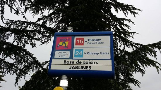 Jablines, France: Take bus no 24