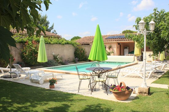 Le Clos de Calas : swimming pool