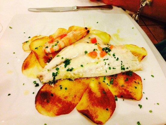 Trattoria Camozzi da Claudio : filetto di branzino su crosta di patate