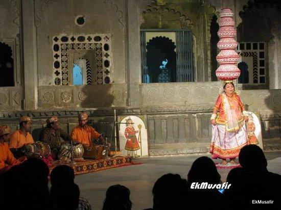 Dharohar Folk Dance: The Baori dance