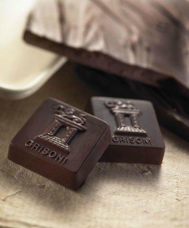 PASTICCERIA NESPOLI : Cioccolatino dei