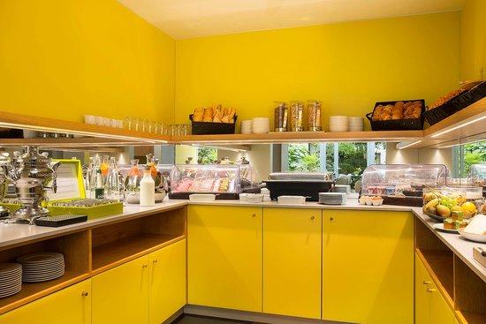 BEST WESTERN La Villa Des Artistes : Breakfast Buffet