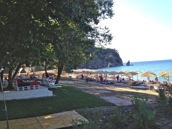 Rodia Beach Bar