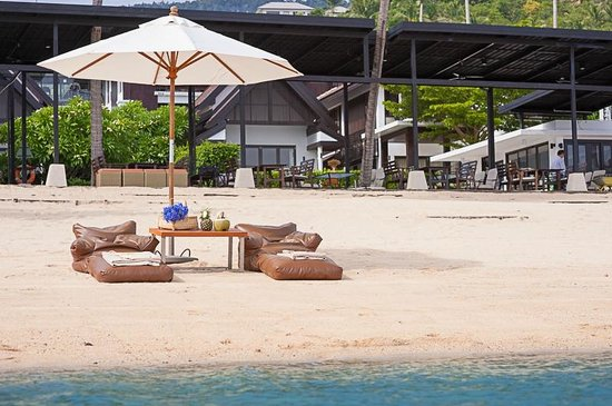 The Sea Koh Samui Boutique Resort & Residences: Beach