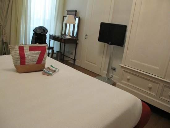 NH Collection Firenze Porta Rossa: chambre