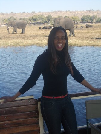 Chobe Safari Lodge: boat cruising in chobe river