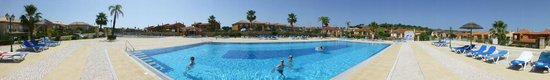 Boavista Golf Resort: Main pool, first class