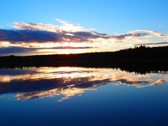 Hotelli Kuusamon Portti: Озеро