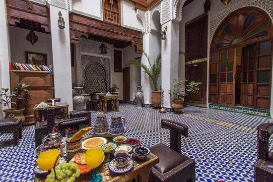 dar labchara : nice moroccan breakfast