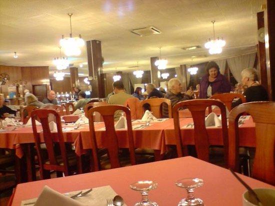 Auramar Beach Resort: Dining area
