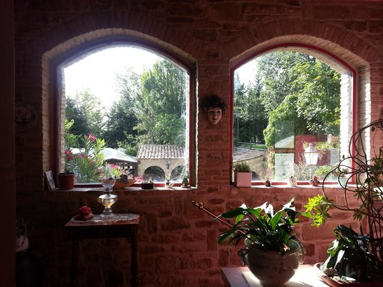 """La Ciminiera Country House : """"room with a view"""""""