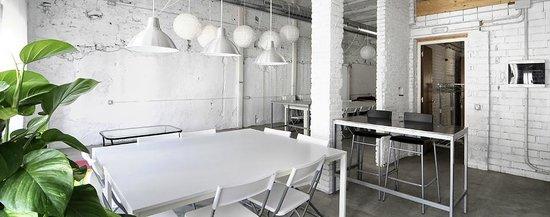 7 de Ribera: Vista del salón desde la cocina