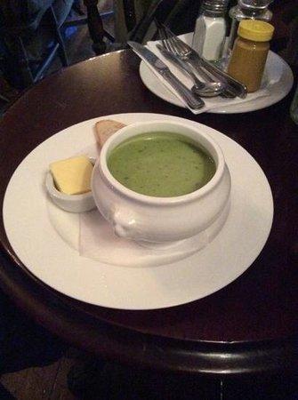 The Andover Arms: мятный суп - очень вкусный