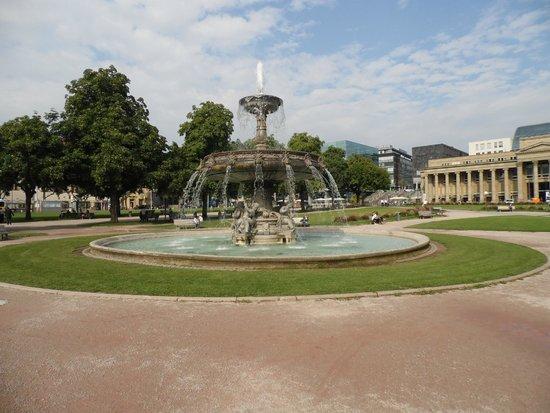 Schlossplatz: Piazza