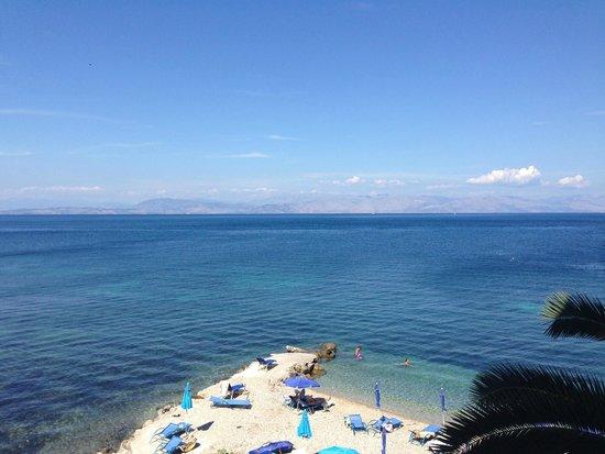 Hotel Corfu Maris Benitses: Вид с балкона