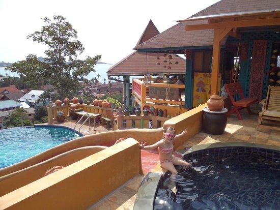 Varinda Garden Resort: vue de la piscine