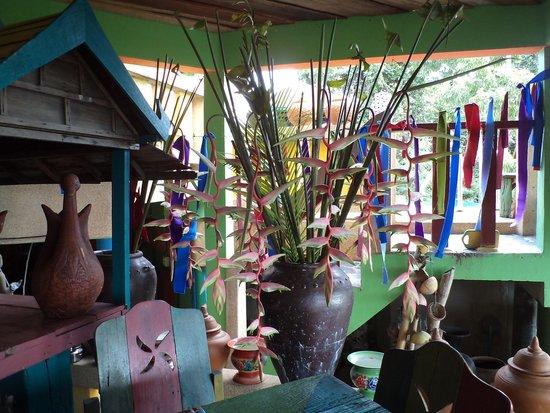 Varinda Garden Resort: salle de restaurant