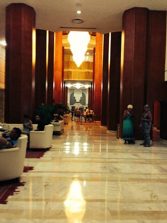 Marhaba Palace Hotel: Hotel lobby