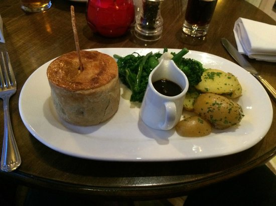 """The Red Lion: A """"pie week"""" special..."""