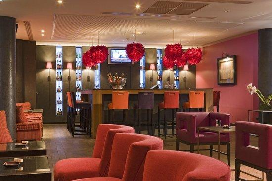 Le Corridor - Hotel Pullman: Bar Lounge