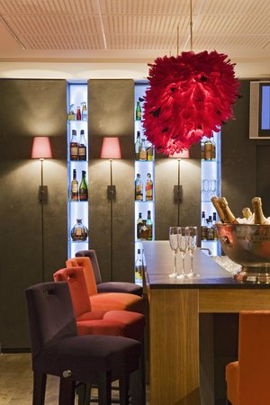 Le Corridor - Hotel Pullman: Lounge Bar