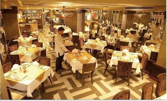 Church Boutique Hotel Hang Trong: Restaurant
