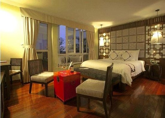 Church Boutique Hotel Hang Trong: Room Picture