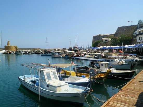 Kyrenia Harbour: Port