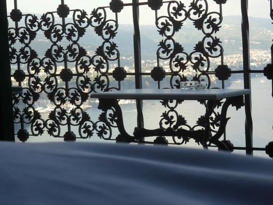 Hotel Mega Mare: Panorama stando distesi sul letto