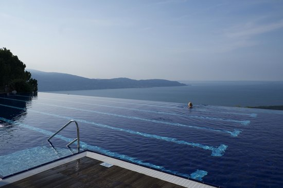 Lefay Resort & Spa Lago di Garda: infinity pool