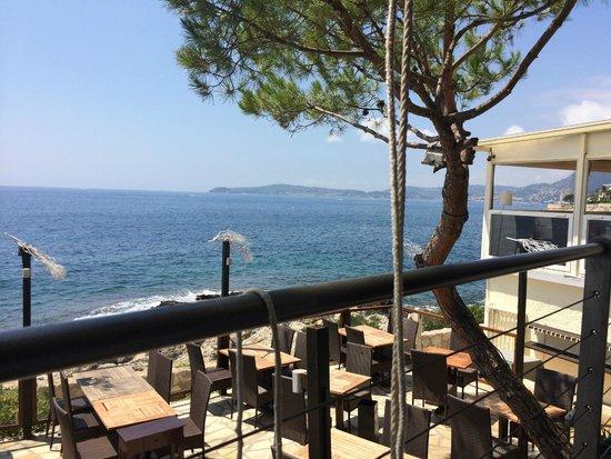 Restaurant La Pinede : Terrasse Restaurant La Pinède, Cap d'Ail