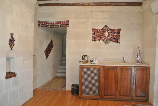 Cappadocia Cave Suites: Fairy Chimney Suite