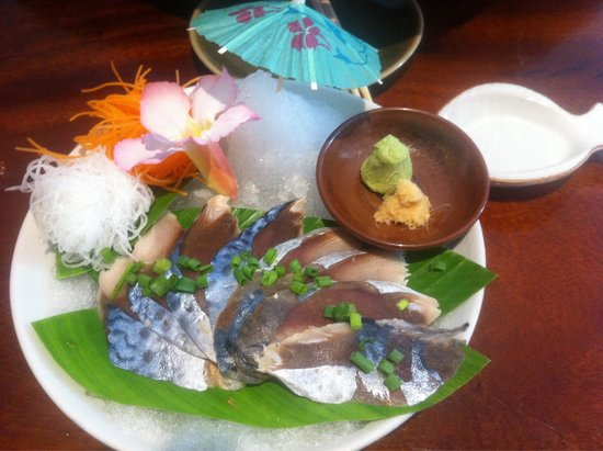 KOBORI Japanese Restaurant : Our favorite sashimi. Mackerel