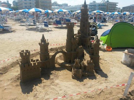 Hotel Principe: Castello di sabbia su spiaggia convenzionata con l'hotel